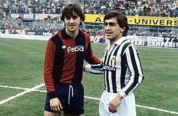 Un giovane Mancini al fianco di Galderisi, due delle maggiori rivelazioni della Serie A 1981-1982, prima di un confronto tra Bologna e Juventus