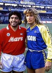 Caniggia al Verona nel 1988-1989, assieme al connazionale Maradona
