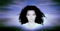 Björk, Possibly Maybe (Stéphane Sednaoui).png