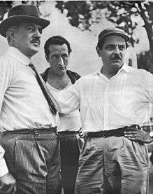 De Sica con Carotenuto e Blasetti durante una pausa della lavorazione di Tempi nostri del 1954