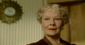 Judi Dench in una scena del film
