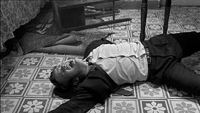 Lou Castel in una scena de I pugni in tasca