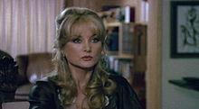 Barbara Bouchet in Spaghetti a mezzanotte (1982)
