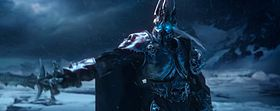 Il Re dei Lich (Arthas) si appresta a resuscitare Sindragosa. Screenshot tratto dal trailer introduttivo di Wrath of the Lich King.