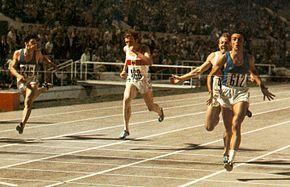 L'arrivo vittorioso di Mennea nei 200 m agli Europei di Roma 1974.