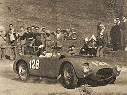 Eugenio Castellotti con la D24 lungo il percorso tra Treponti e Castelnuovo