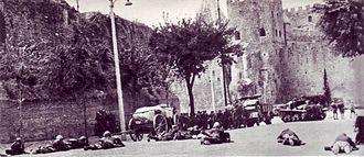 10 settembre 1943 soldati italiani cercano di contrastare i tedeschi presso porta San Paolo