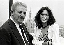 Gianni Brera e Lilli Carati alla presentazione de Il corpo della ragassa (1979)