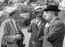 Nino Taranto con Ugo D'Alessio e Totò in Totòtruffa 62 di Camillo Mastrocinque (1961)