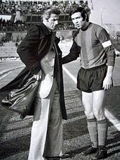 Corrado Viciani, il tecnico del gioco corto che guidò i rossoverdi alla prima promozione assoluta in Serie A, assieme a Romano Marinai, storico capitano e bandiera della Ternana, che in otto stagioni portò dalla terza serie fino alla massima categoria.