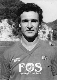 Ranieri alla guida del Cagliari nella stagione 1989-1990