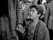 Ladri di biciclette (1948), considerato una pietra miliare del cinema italiano