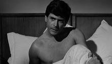 Tomas Milian ne I delfini (1960)