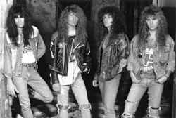 Bandas de metal en sus inicios (Casi humor)