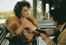 Lory Del Santo ne La gorilla (1982)