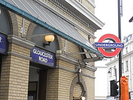 Gloucester Road station.jpg