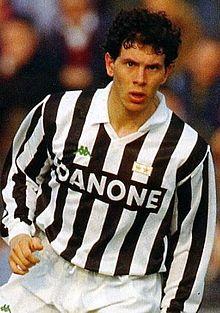 Un giovane Dal Canto in azione alla Juventus nei primi anni 1990