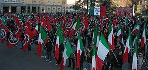 Manifestazione Casapound a Bolzano, rivolta contro il depotenziamento del Monumento alla Vittoria, avvenuto nel 2014