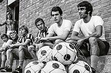 220px-Juventus_FC_-_1971_-_Villar_Perosa
