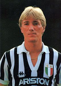 214px-Massimo_Bonini,_Juventus_1986-87.J