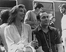 Mariangela Melato e Giuseppe Bertolucci sul set del film Oggetti smarriti nel 1979.