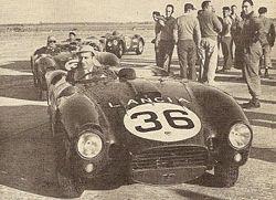 La squadra delle quattro D24: in testa al gruppo la vettura di Fangio