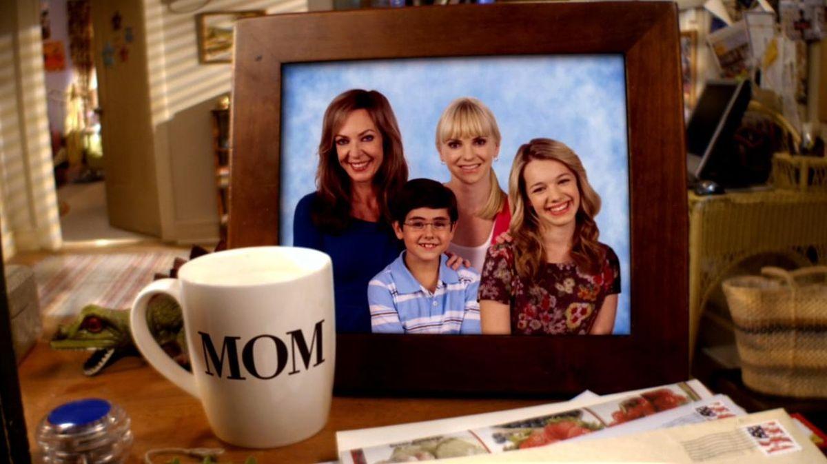 Mom (serie televisiva)...
