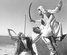Alberto Sordi nel film Lo sceicco bianco.