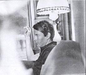 Un'immagine giovanile di De André