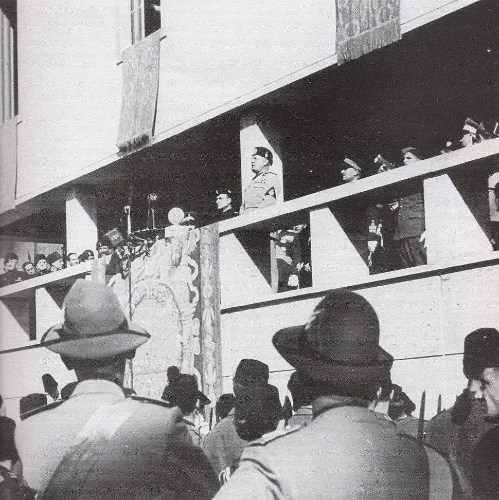 Mussolini a Guidonia