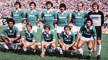Tacconi (in piedi, primo da destra) nell'Avellino della stagione 1982-1983