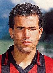 Di Biagio al Foggia nella stagione 1993-1994.