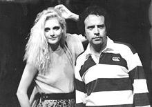 Anna Oxa ed Enrico Montesano durante le prove del programma TV Fantastico 9 da loro condotto nella stagione 1988-1989