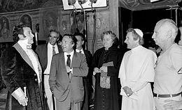 Da sinistra, Alberto Sordi, Luigi Petroselli, Camillo Milli, Paolo Stoppa e Mario Monicelli, al primo ciak de Il marchese del Grillo in Campidoglio