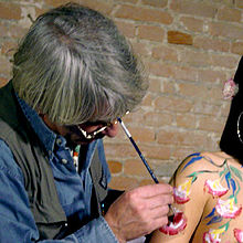 Esecuzione di body-painting