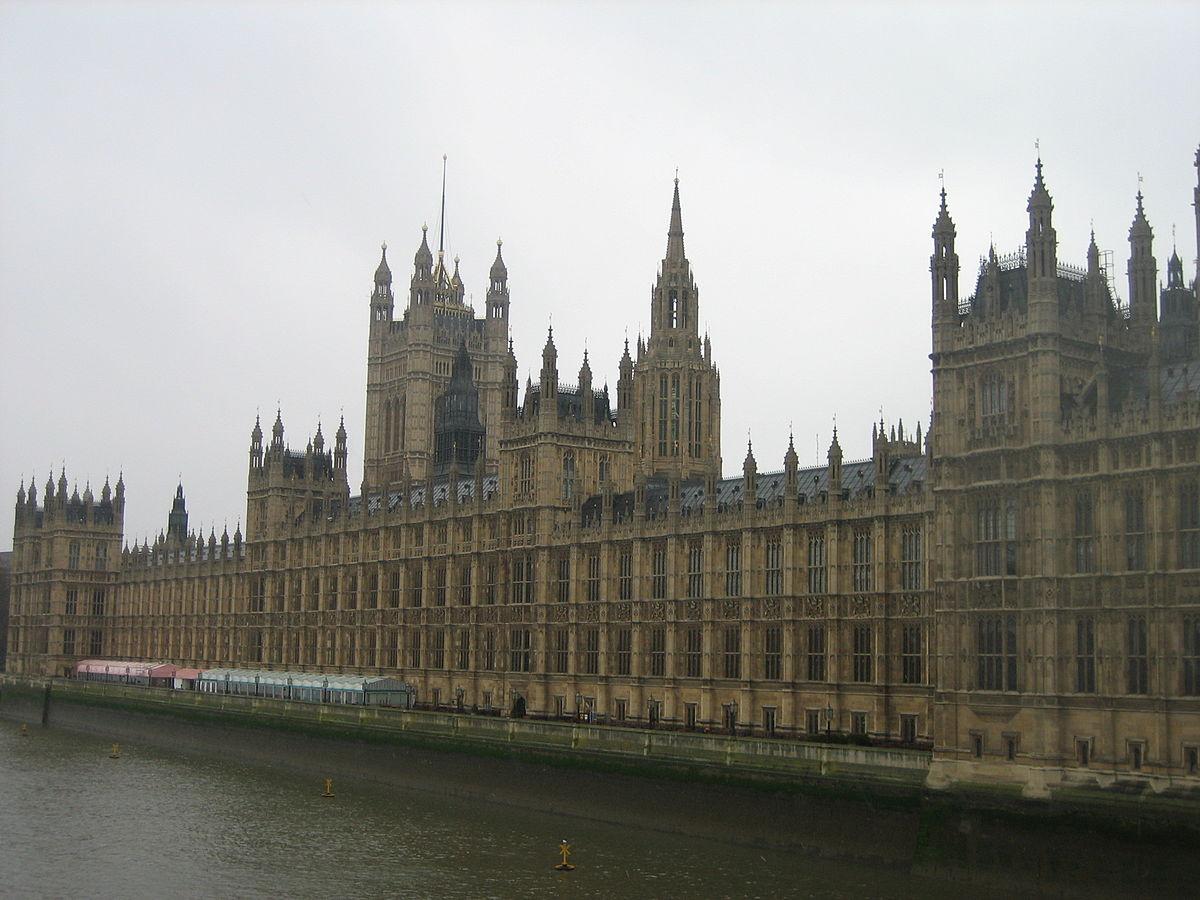 Architettura neogotica in gran bretagna wikipedia for Struttura del parlamento
