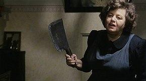 Shelley Winters nel film Gran bollito (1977)