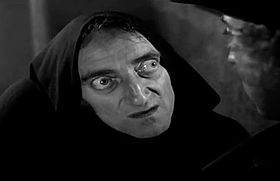 Marty Feldman interpreta Igor in Frankenstein Junior