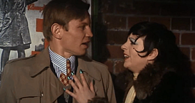 Michael York e Liza Minnelli in una scena del film