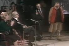Minà durante una sua intervista a Sergio Leone, Federico Fellini e Giulietta Masina negli anni ottanta.