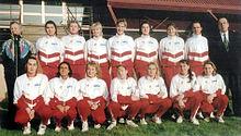 Maurizia Cacciatori (accosciata, terza da destra) nella Sirio Perugia della stagione 1992-1993