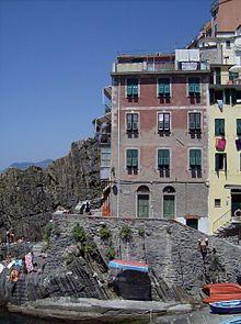 Una casa in riva al mare