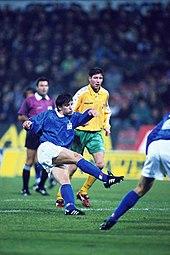 170px-Del_Piero%2C_Italia-Lituania_1995.