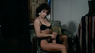 Carmen Russo in La maestra di sci (1981)