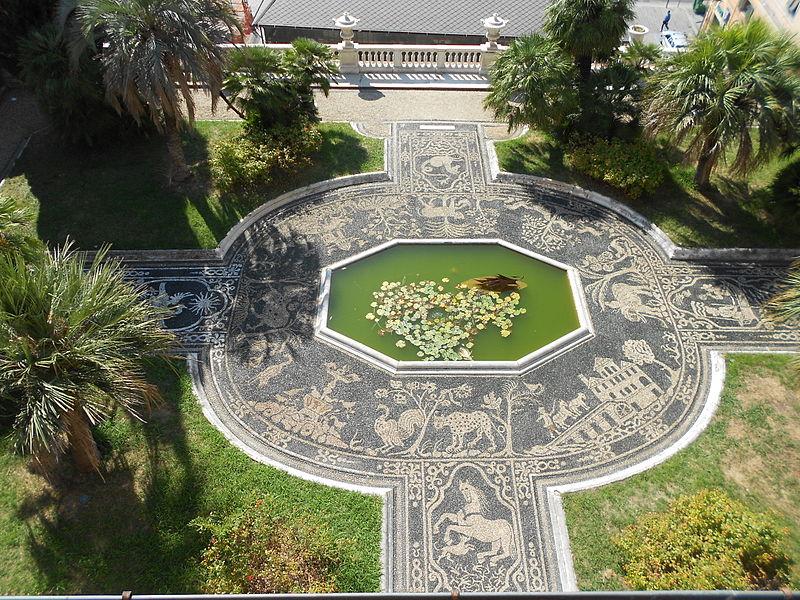 File:Risseu di Palazzo Reale Genova.JPG
