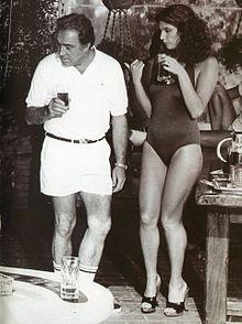 Ugo Tognazzi e Stefania Sandrelli in Dove vai in vacanza? (1978), nell'episodio Sarò tutta per te di Mauro Bolognini.