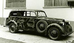 https://upload.wikimedia.org/wikipedia/it/thumb/e/ea/Lancia_Artena_militare_trasformabile.jpg/260px-Lancia_Artena_militare_trasformabile.jpg