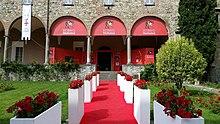 Bobbio Film Festival dal porticato dell'Abbazia di San Colombano