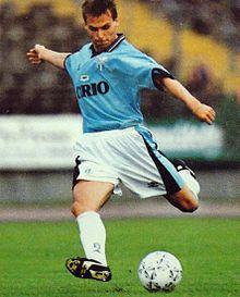 Nedvěd in azione alla Lazio nella stagione 1996-1997