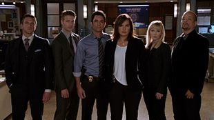 Svu Girls With Dog Collars And Electricution